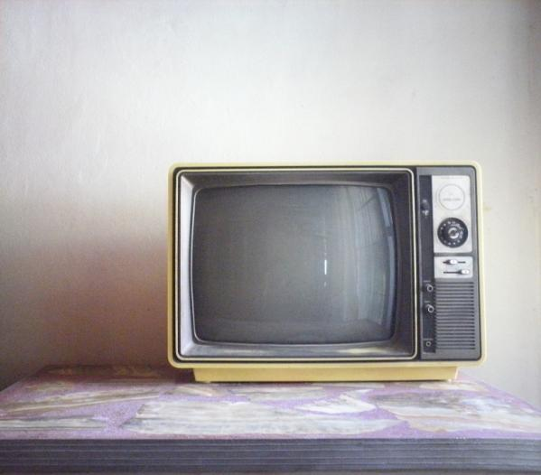 analogue and digital tv.jpg